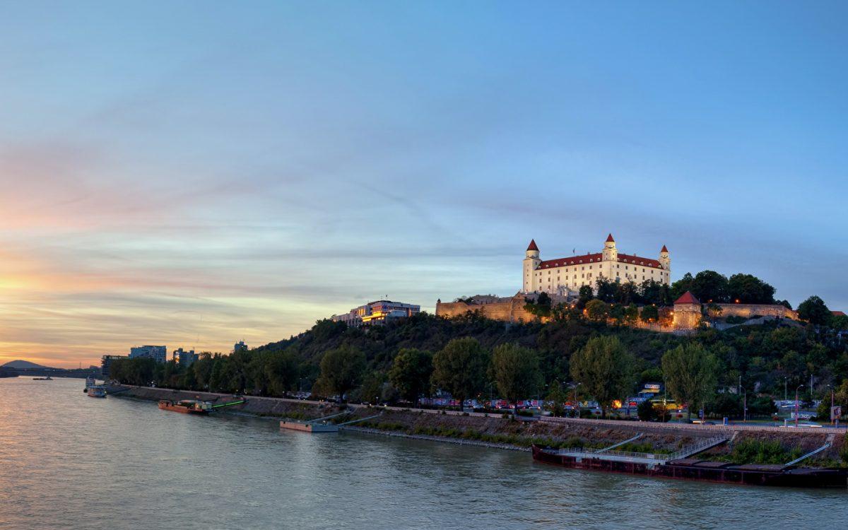 Как гражданину Беларуси или РФ открыть бизнес в Словакии
