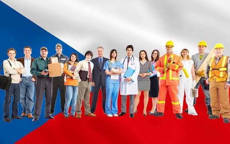 Опубликовано исследование о количестве украинцев, желающих выехать на работу за границу