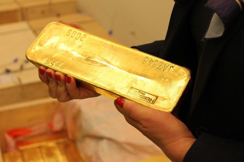 Польша купила в резервы беспрецедентные 100 тонн золота
