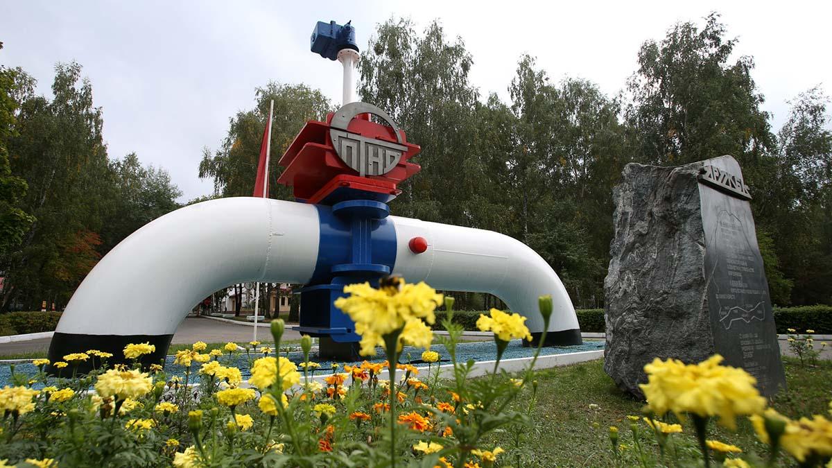 Беларусь хочет покупать нефть в Казахстане