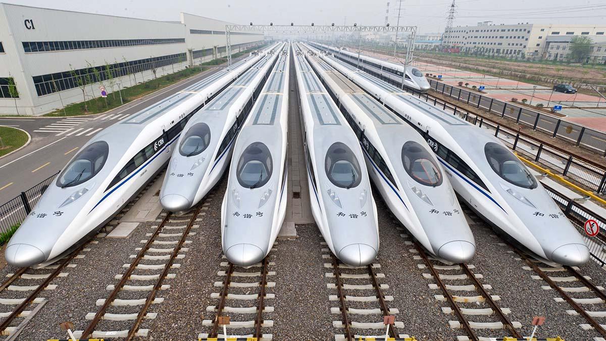 Мировой лидер скоростных железных дорог