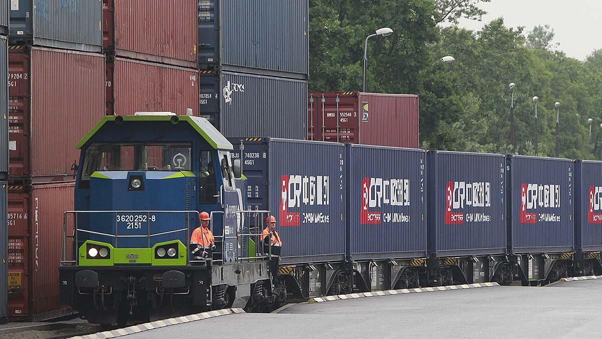 Новый контейнерный маршрут «Китай – Чехия» впервые прошел под проливом Босфор
