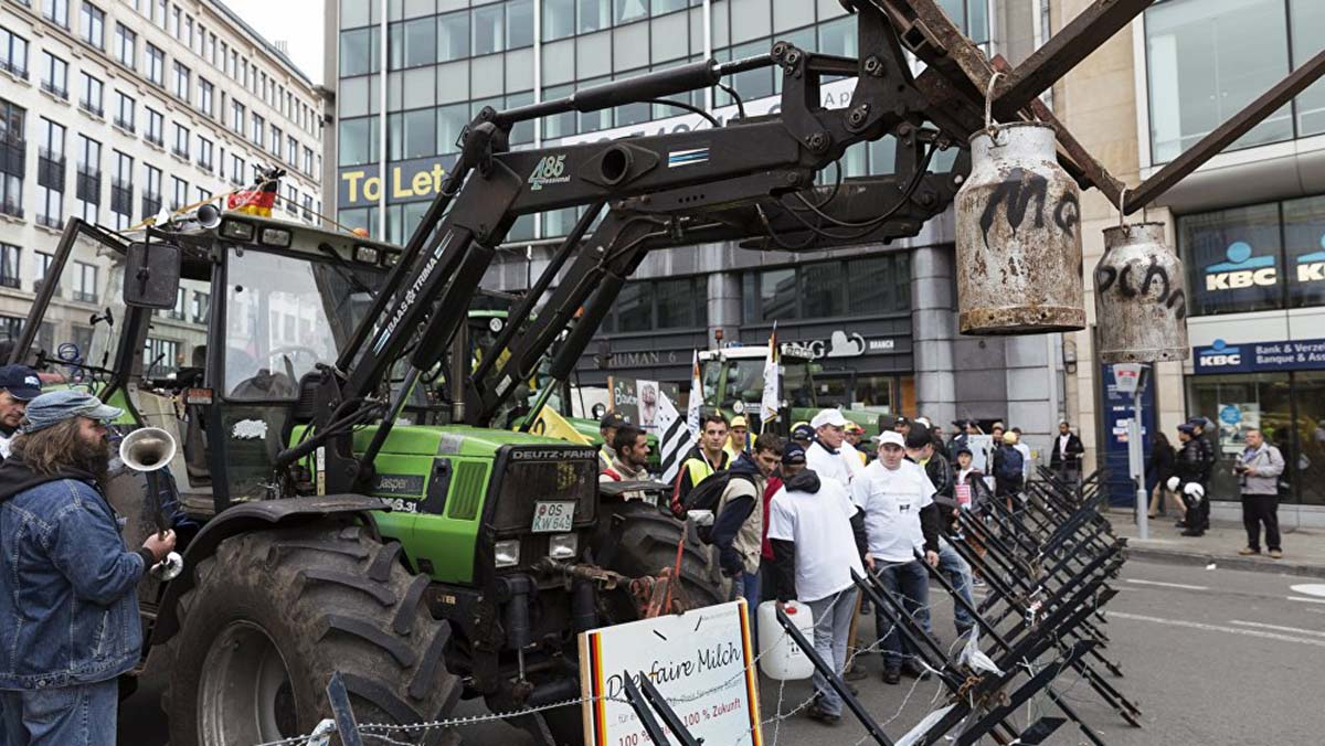 Фермеры Востока и Запада спорят за дотации