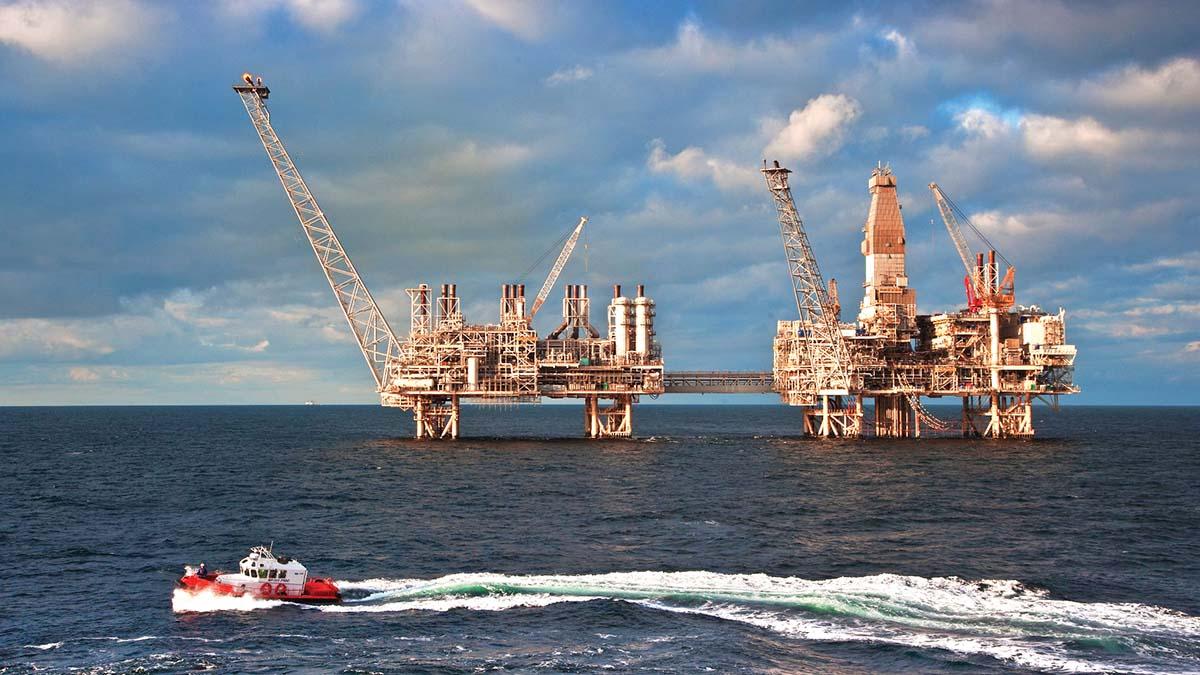 «ЛУКОЙЛ» будет искать нефть в Азербайджане