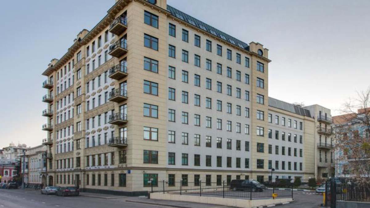 Чехи планируют купить бизнес-центр в Москве