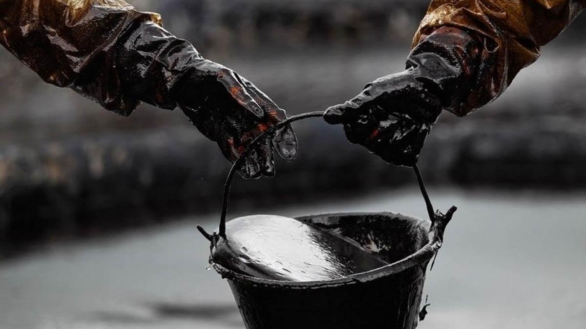 Дешевая нефть угрожает банкам России, Казахстана и Азербайджана