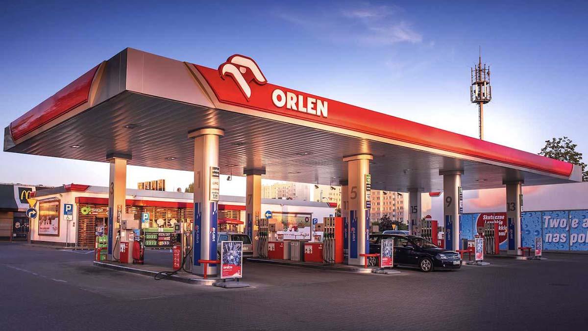 Оптовые цены на топливо в Европе упали на 30-50%