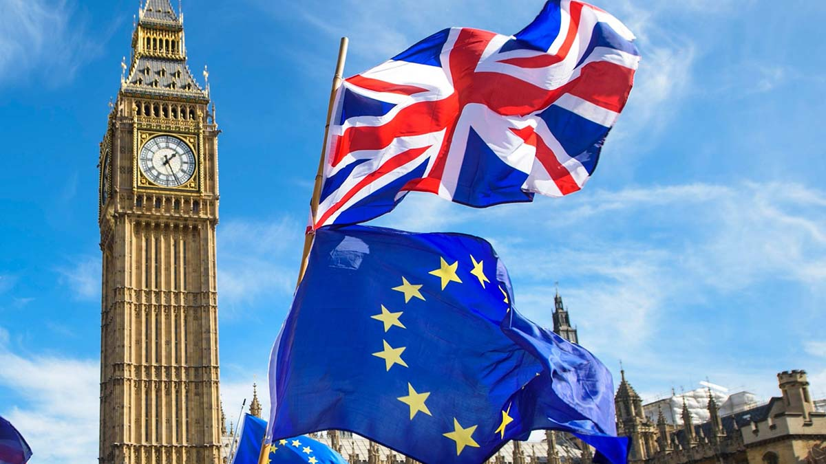 Британия закрывает границы для рабочей силы из ЕС