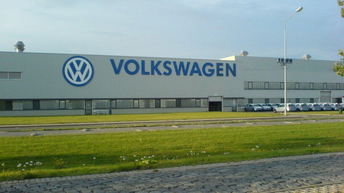 Volkswagen переносит часть производства в Польшу