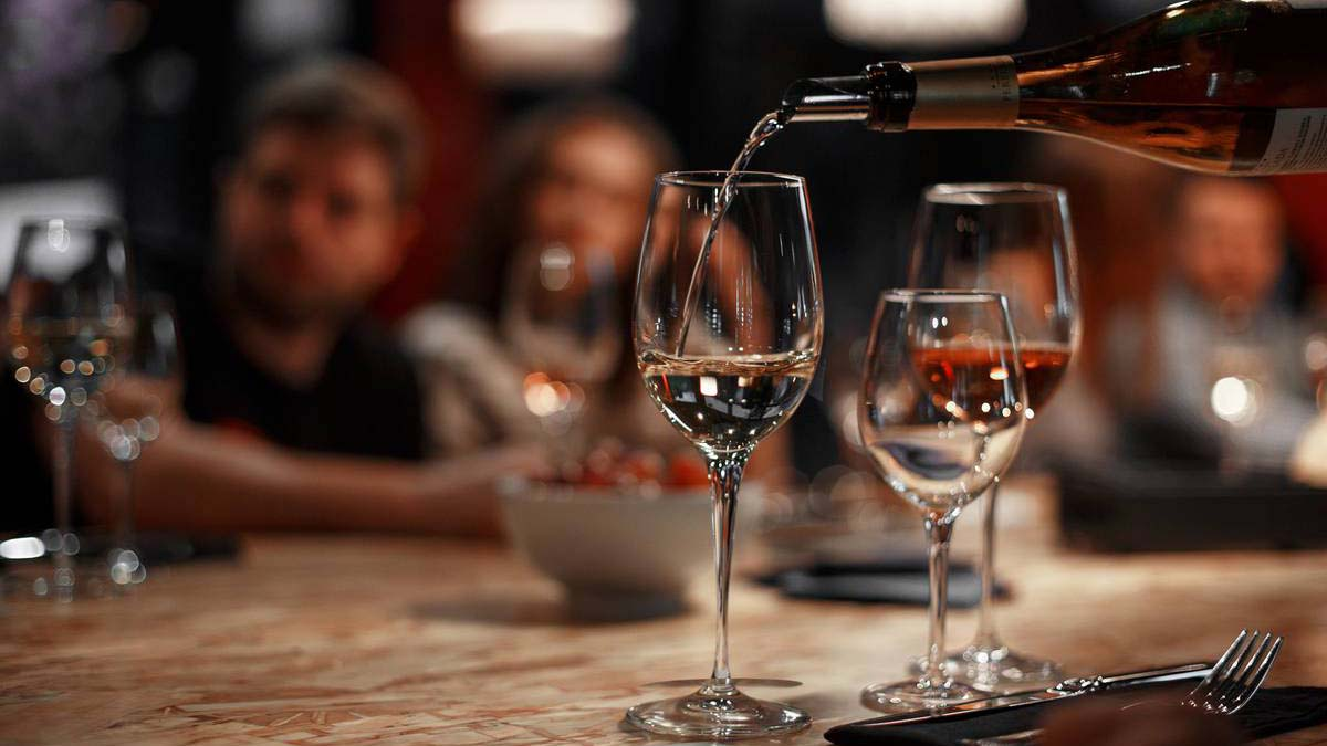 В Болгарии снижен на НДС на туризм, спорт, вино и пиво