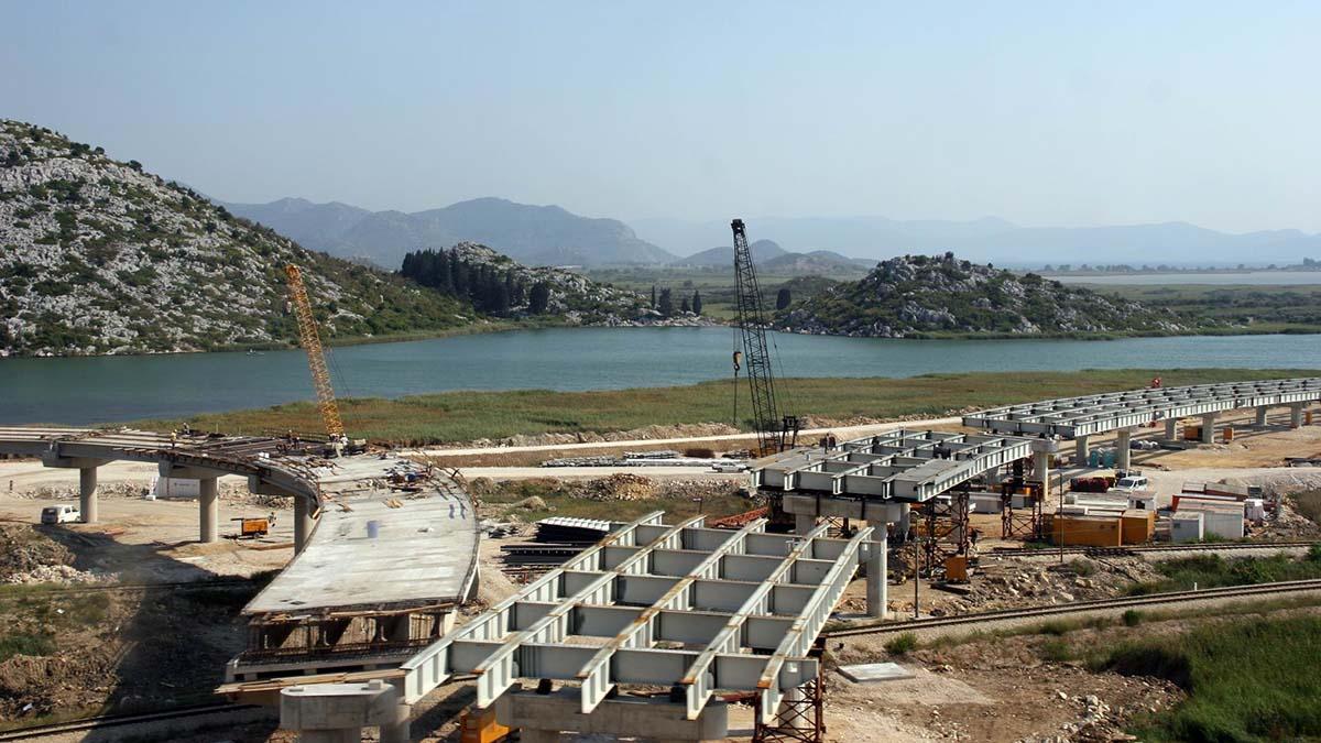 Китайцы строят мост в Хорватии