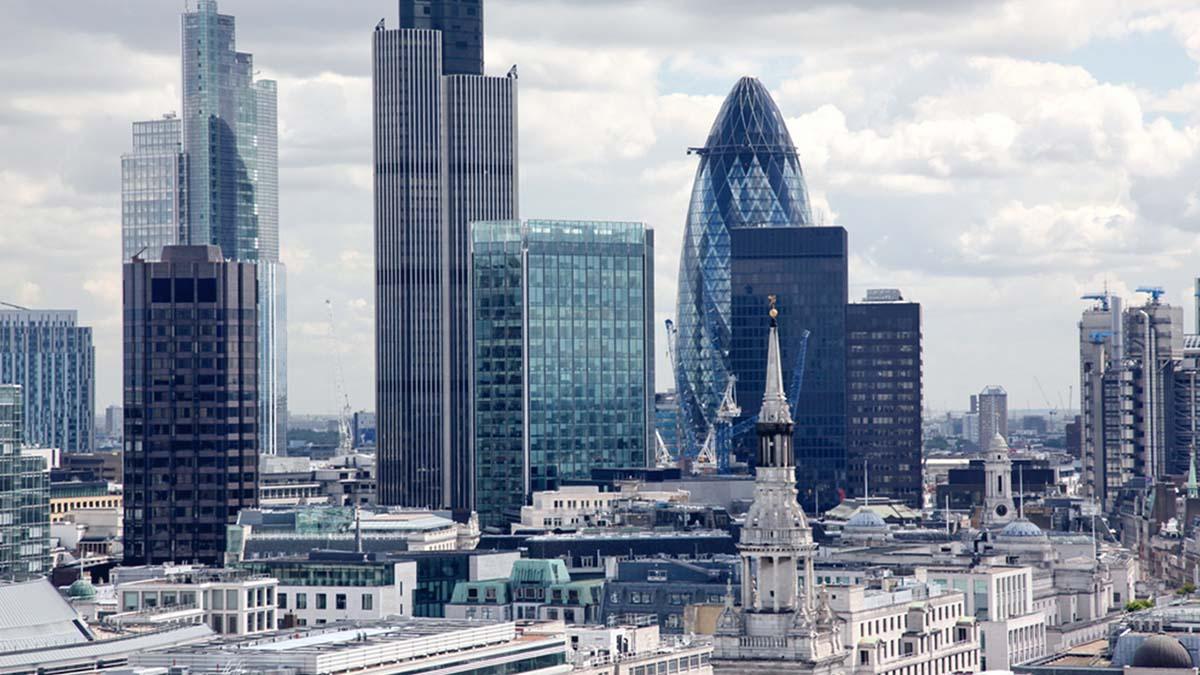 Лондонский Сити сохранил титул финансового центра мира
