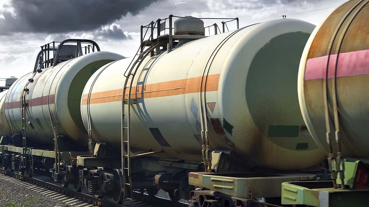 Белорусская нефтяная компания уходит из литовских портов в российские