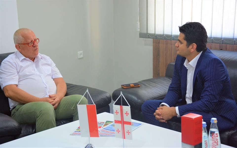 Министр финансов и экономики Аджарии Джаба Путкарадзе провёл переговоры с председателем Варшавской Торгово-Промышленной  палаты Марком Трачиком