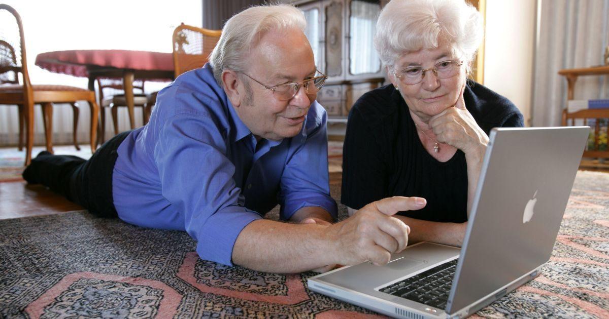 Евростат: В Европейском Союзе (ЕС) с риском нищеты сталкиваются в среднем 14,2% пенсионеров