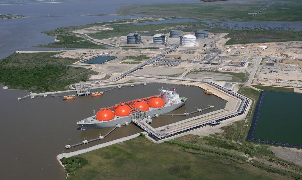 Плавучий терминал СПГ  намерены построить на Балтике власти Польши